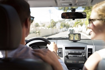 auto navigationsgeräte tomtom